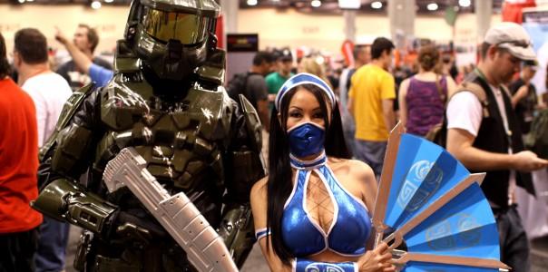 Master_Chief_&_Kitana_cosplayers_(7265765440)