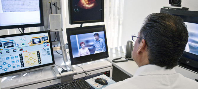 1280px-Telemedicine_Consult